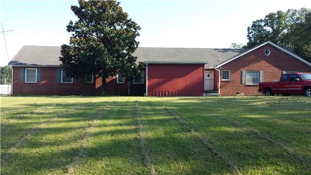 1692 Highway 100, Centerville, TN 37033