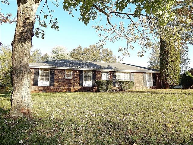 208 Ambrose Dr, Clarksville, TN 37042