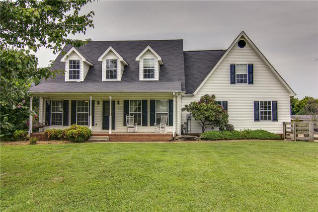 942 Cranford Hollow Rd, Columbia, TN 38401