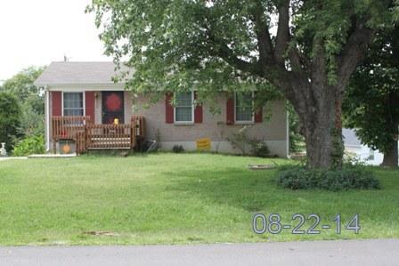 809 Goldcrest Dr, Springfield, TN 37172