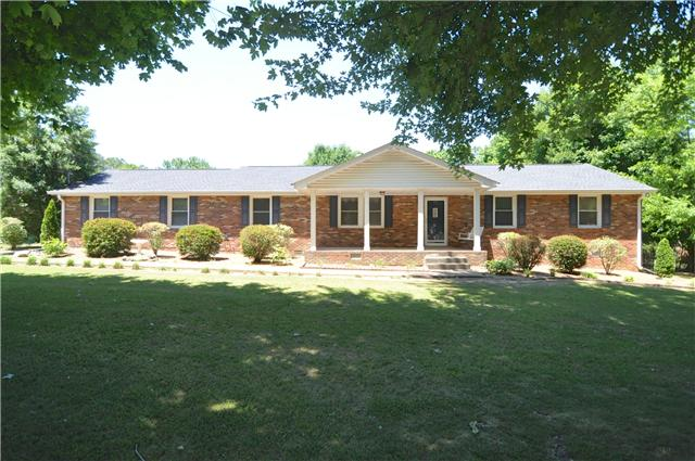 4644 E Robertson Rd, Cross Plains, TN 37049