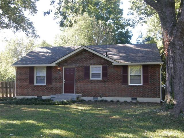 1810 Meadowgreen Dr, Murfreesboro, TN 37130