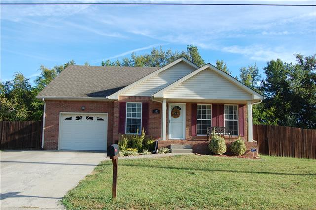 352 Maple Park Dr, Clarksville, TN 37040
