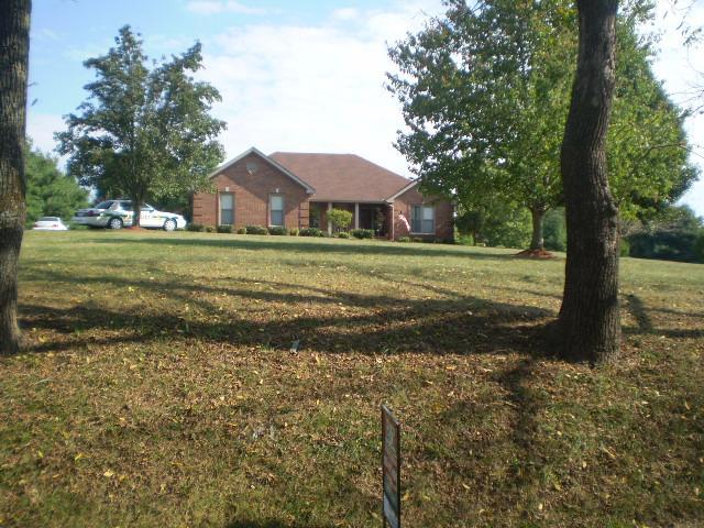 1861 Bradbury Rd, Adams, TN 37010