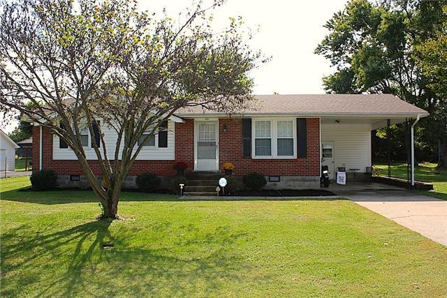 2203 Bluegrass Dr, Springfield, TN 37172
