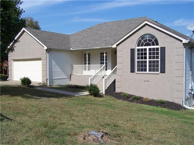 216 Lake Forest Dr, La Vergne, TN 37086