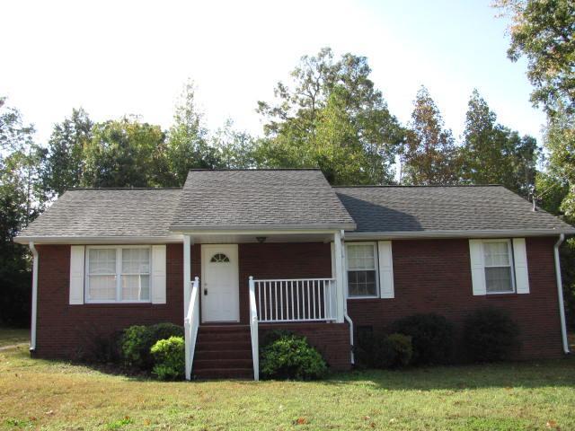 748 Arrowhead Dr, New Johnsonville, TN 37134