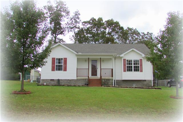 1003 Corlew Ln, White Bluff, TN 37187