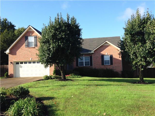 2910 Greentree Dr, Smyrna, TN 37167