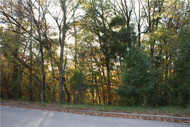 414 Stonemeadow Rd, Clarksville, TN 37043