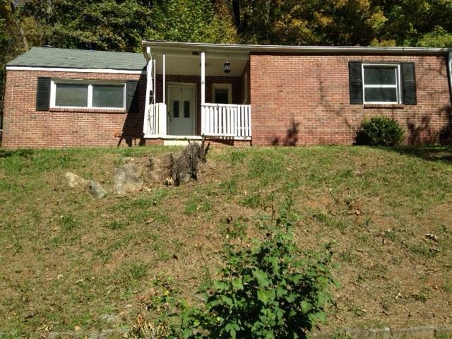 207 Hickory Grove Blvd, Clarksville, TN 37040