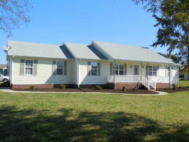 2423 Carlow Ct, Murfreesboro, TN 37127