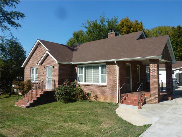 909 College St W, Fayetteville, TN 37334