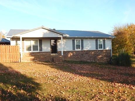 204 Durham Rd, Leoma, TN 38468