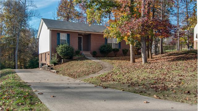 1240 Cottonwood Dr, Clarksville, TN 37040