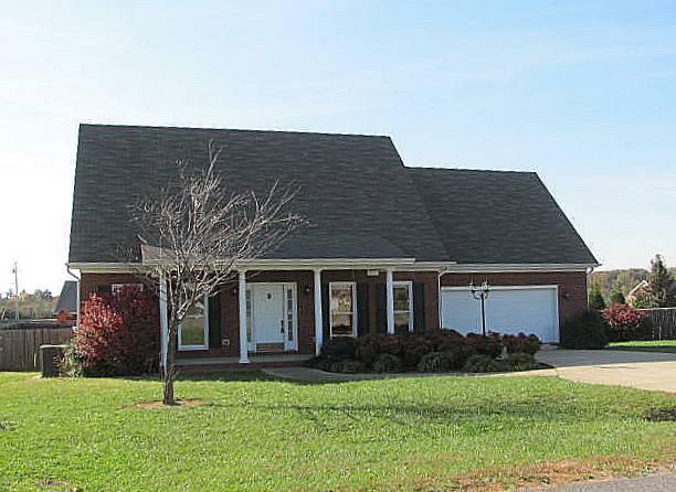 6 Oak Point Dr, Fayetteville, TN 37334