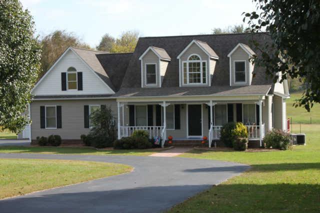 3735 Neeley Hollow Rd, Columbia, TN 38401