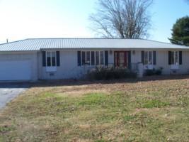 235 Jennings Ln, Smithville, TN 37166