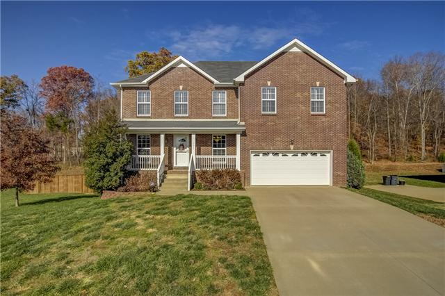 732 Forrest Cove Ct, Clarksville, TN 37040