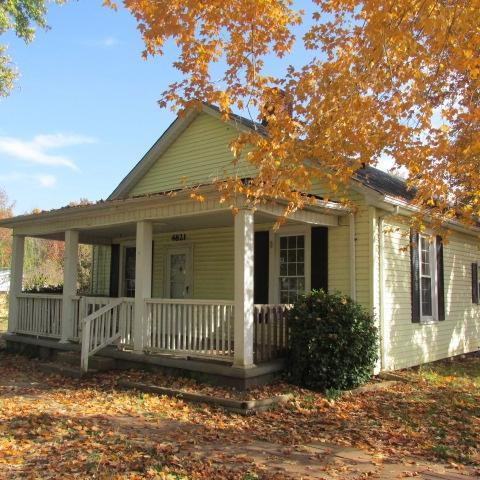 4821 Sory St, Cedar Hill, TN 37032