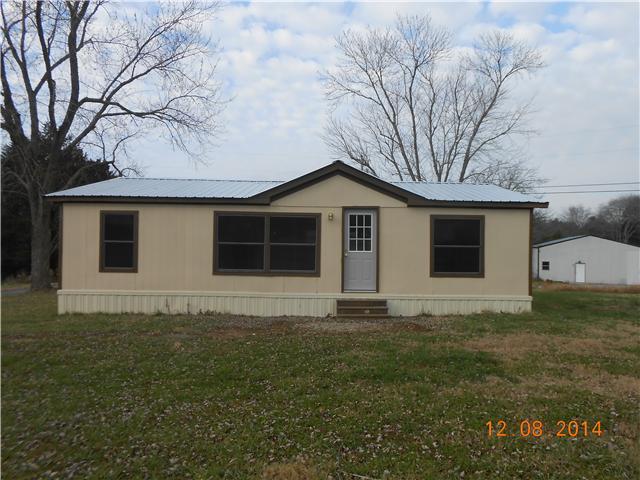 411 Old Pencil Mill Rd, Chapel Hill, TN 37034