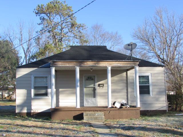 434 4th St, Lawrenceburg, TN 38464