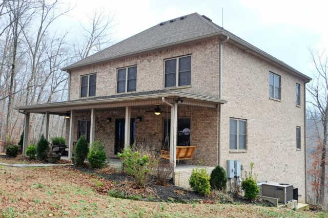 348 Witherspoon Dr, Smithville, TN 37166