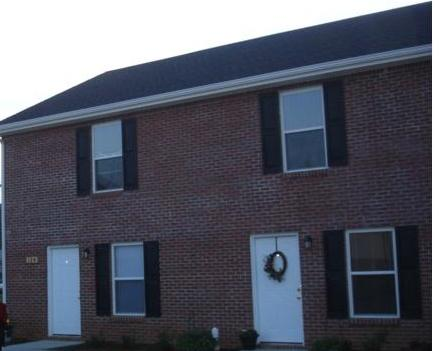 Rental Homes for Rent, ListingId:35967863, location: 116 Coyote Court Townhouse Clarksville 37043