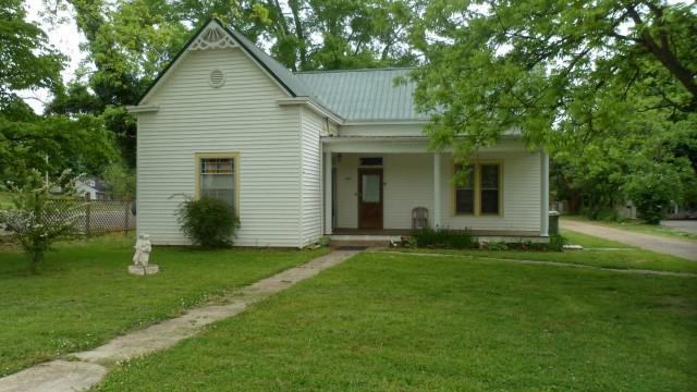 227 S Military Ave, Lawrenceburg, TN 38464