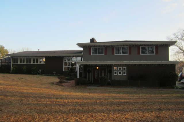 501 Hood Lakes Rd, Lawrenceburg, TN 38464