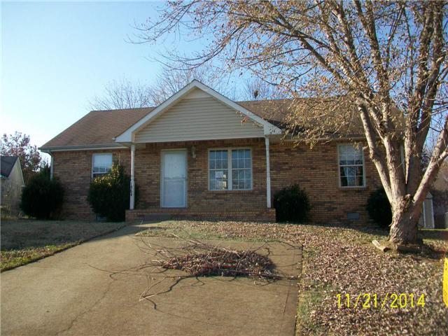 1864 Timberline Pl, Clarksville, TN 37042
