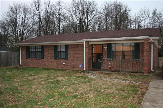 554 Roselawn Dr, Clarksville, TN 37042