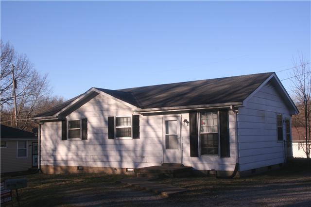 Rental Homes for Rent, ListingId:32217702, location: 916 Oak Ln Clarksville 37040