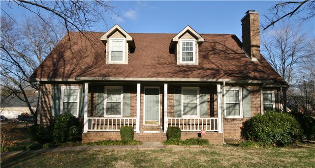 2311 Crown Hill Dr, Murfreesboro, TN 37129
