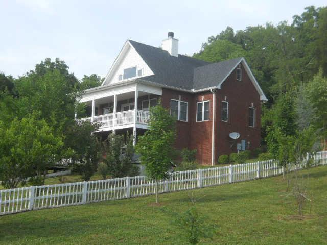 295 Celsor Rd, Hartsville, TN 37074