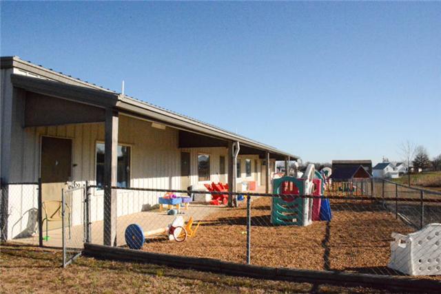 4219 Lone Oak Sta, Cunningham, TN 37052