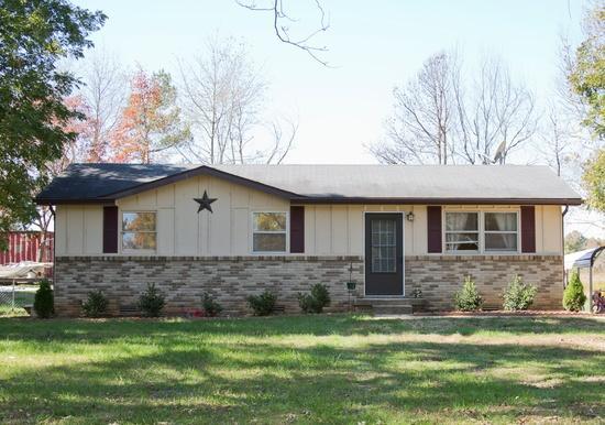 2850 Lylewood Rd, Woodlawn, TN 37191