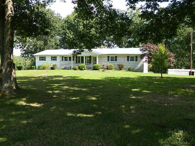 Real Estate for Sale, ListingId: 32217660, McEwen, TN  37101