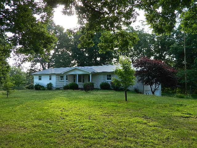 Real Estate for Sale, ListingId: 32217686, McEwen, TN  37101