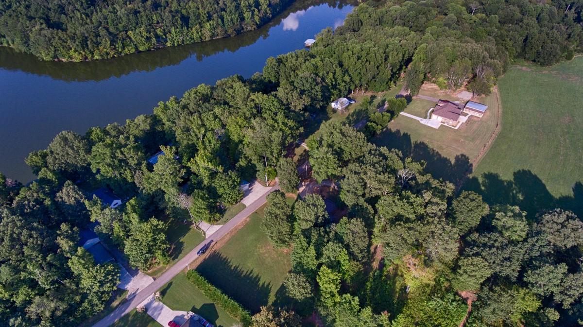 11 Lakeside Estates Road, Athens, Alabama