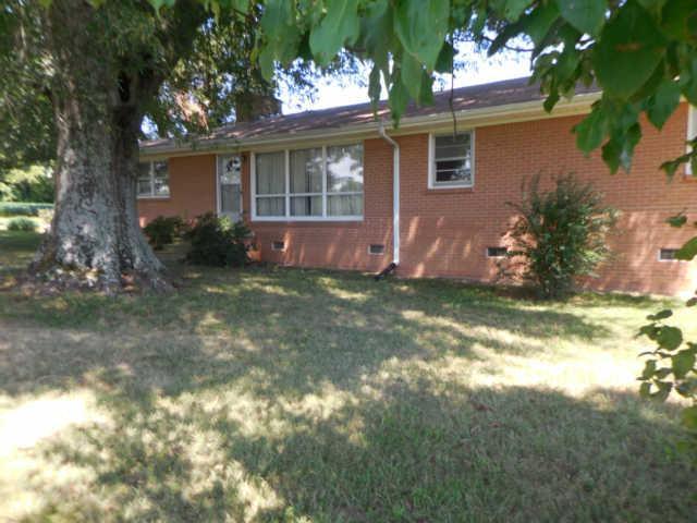 134 Old Huntsville Rd, Fayetteville, TN 37334