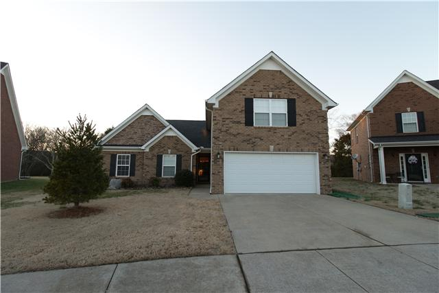 4072 Locerbie Cir, Spring Hill, TN 37174