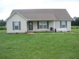 255 Greenwood Dr, Smithville, TN 37166