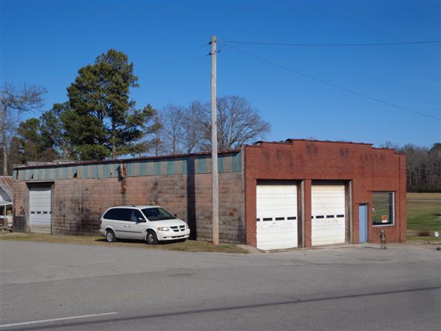Real Estate for Sale, ListingId: 32215556, Collinwood,TN38450
