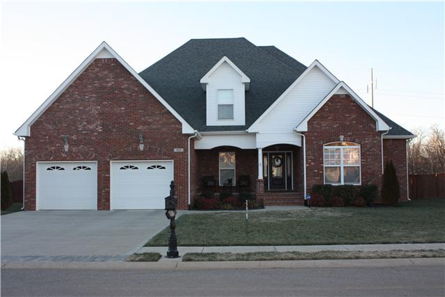 983 Terraceside Cir, Clarksville, TN 37040