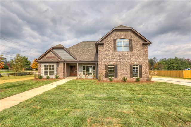 2222 Clays Mill Dr, Murfreesboro, TN 37129