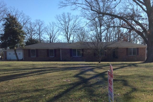 509 Twelve Oaks Rd, Tullahoma, TN 37388