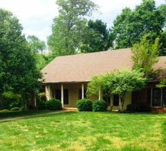 953 Glenraven Dr, Clarksville, TN 37043
