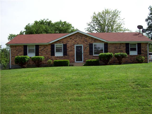 307 Peggy Dr, Cedar Hill, TN 37032