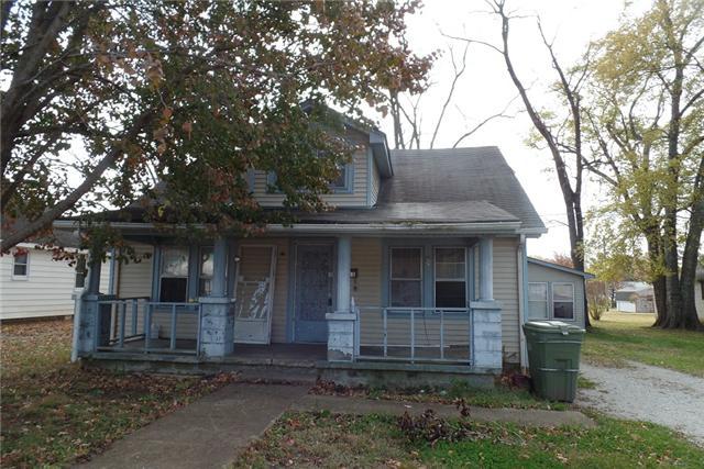 411 5th St, Lawrenceburg, TN 38464